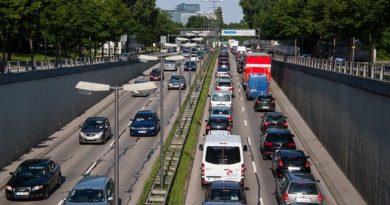 Die Anzahl der Autos im Straßenverkehr wächst stetig - wie wird das Problem gelöst?